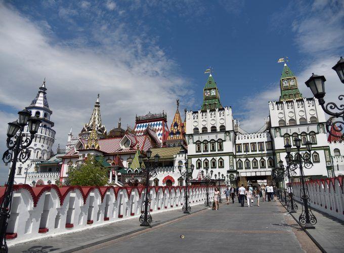 Visita guiada al mercado de Izmailovo y museo del Vodka