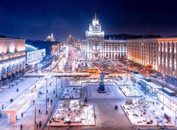Visita guiada nocturna por Moscú iluminado en español