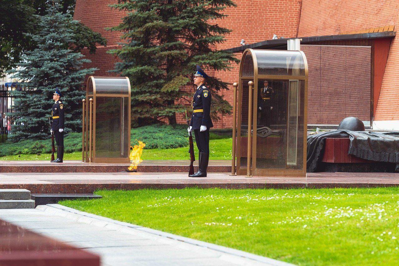 Los jardines de Alejandro y la tumba del soldado desconocido
