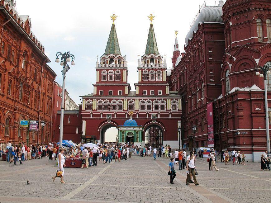 Puerta-y-Capilla-Ibérica-Moscú