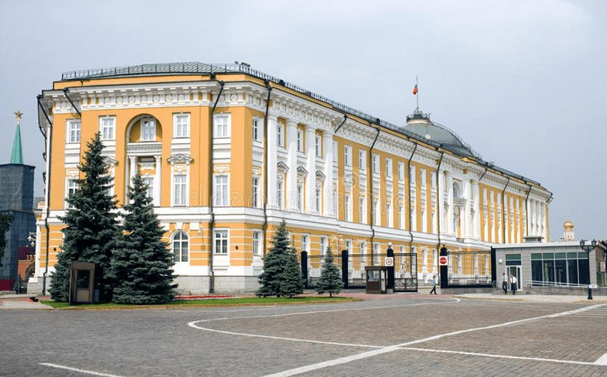 El-Kremlin-interior