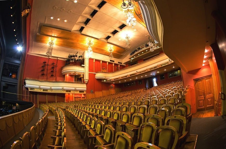 Teatro-Novaya-Ópera-de-Moscú