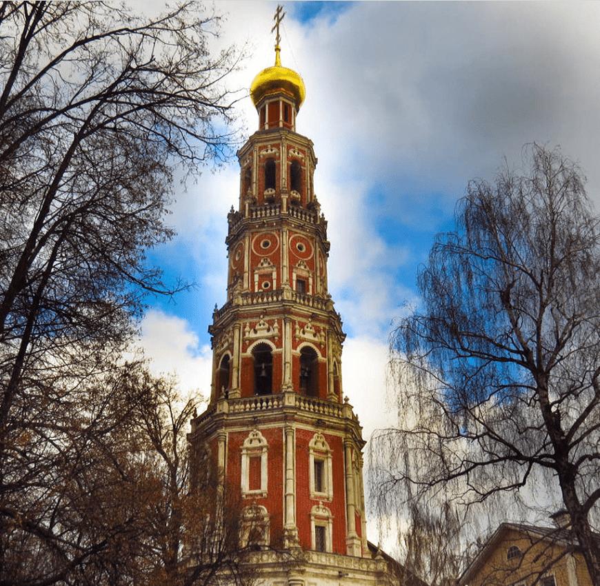 Campanario-Convento-de-Novodévichi