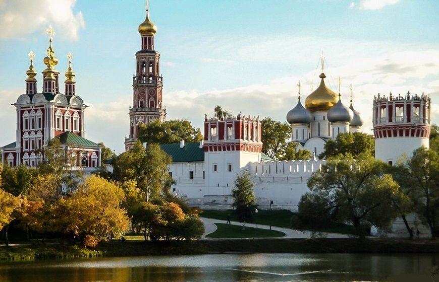 Monasterio-Novodévichi